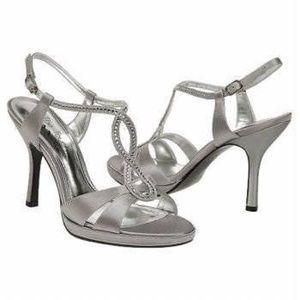 "Touch of Nina Gelossi 4"" Dress Heels Sandals $60"